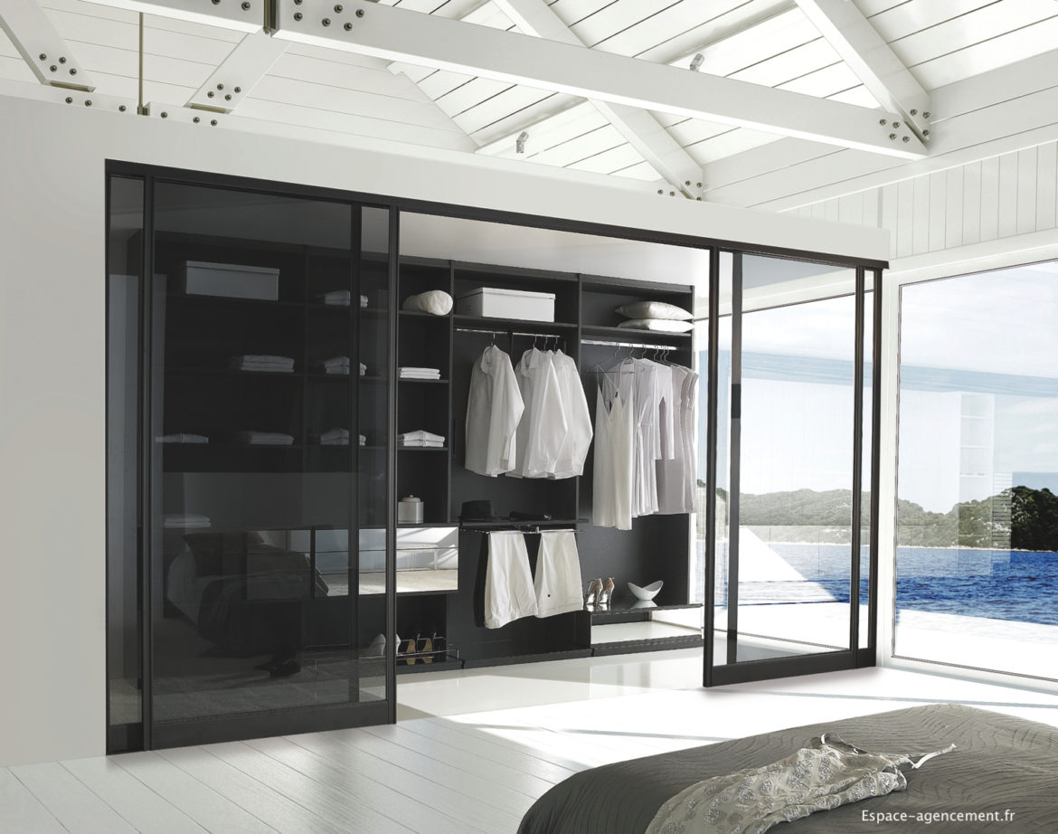 les rangements d un dressing sur mesure michael. Black Bedroom Furniture Sets. Home Design Ideas
